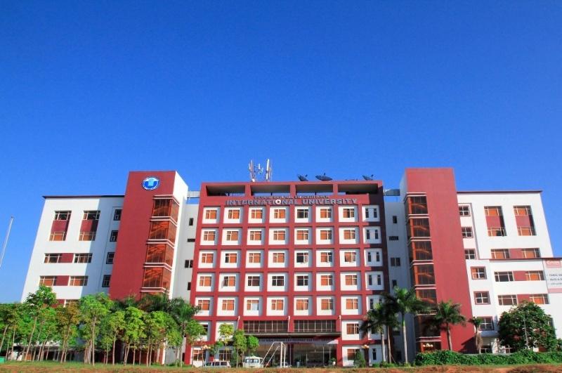 Mơ thấy trường đại học cũ nằm cạnh nhà bạn