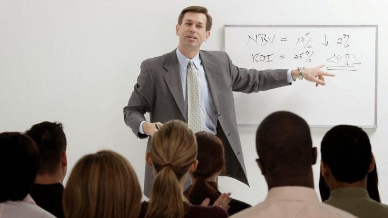Nằm mơ thấy mình trở thành giảng viên thử vận may với cặp số 10 - 36 để may mắn